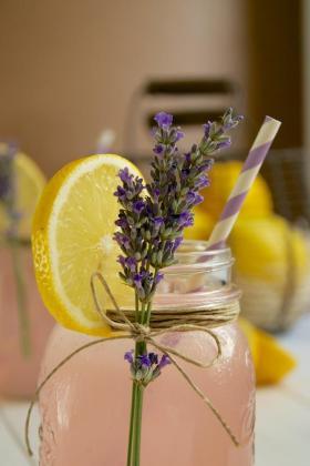 limonada-rosa-lavanda-pink-lemonade-with-lave-L-ZePurg